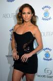Jennifer Lopez ( Дженнифер Лопес) - Страница 4 Th_63431_celebrity-paradise.com-The_Elder-Jennifer_Lopez_2010-01-20_-_Scott_Barnes_About_Face_Launch_Party_8288_122_12lo
