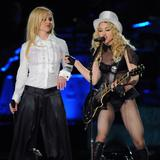 th_02522_Celebutopia-Madonna_and_Britney_Spears_perform_together_during_Madonna48s_Sticky_and_Sweet_tour_in_Los_Angeles-19_122_218lo.jpg