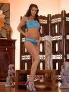 http://img209.imagevenue.com/loc444/th_377972689_Fluente_Melisa_A_0001_123_444lo.jpg
