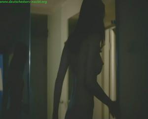 Nackt nadescha brennicke Nadeshda Brennicke