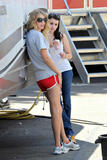 http://img209.imagevenue.com/loc587/th_78872_Taylor_Swift_on_Valentines_Day_set_in_L.A.._-_July_30_2009_957_122_587lo.jpg